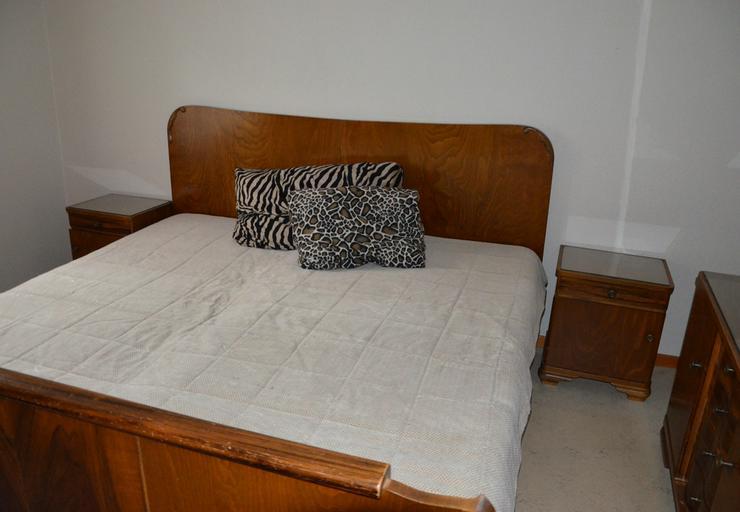 Bild 2: Schlafzimmer Massivholz von Oma