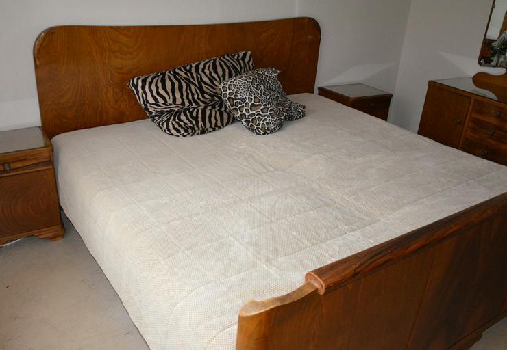 Bild 5: Schlafzimmer Massivholz von Oma