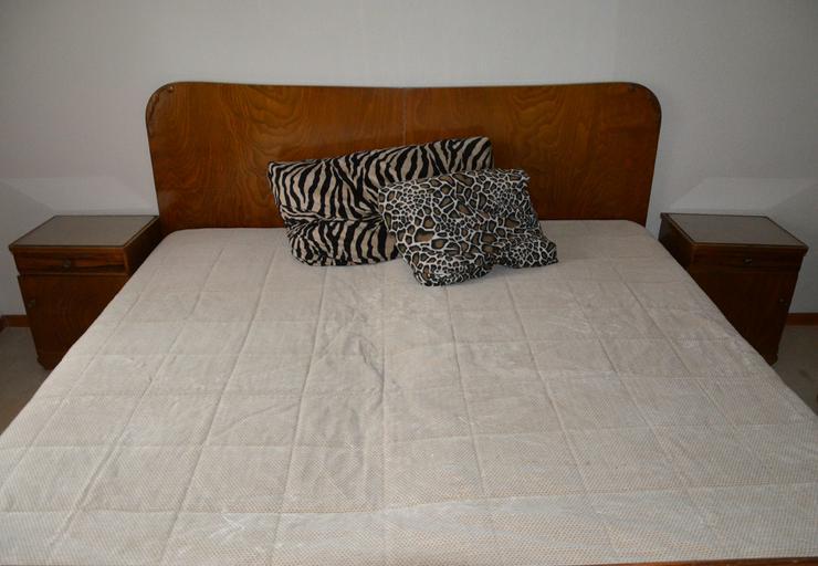 Bild 4: Schlafzimmer Massivholz von Oma