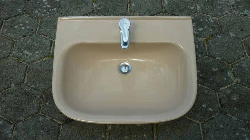 Badezimmergarnitur - Waschen & Bügeln - Bild 1