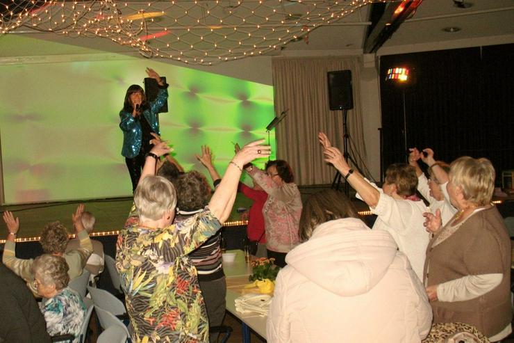 Bild 12: Party-DUO! Sängerin+DJ für Ü50, Silberhochzeit