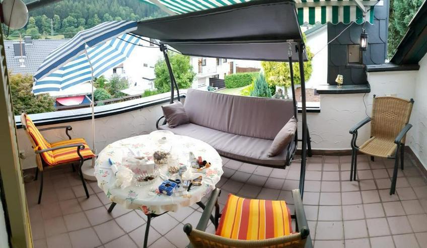 Bild 6: Wohnen wie im Urlaub! Einfamilienhaus mit Bauplatz und Werkstattgebäude mit 2 Garagen in ...