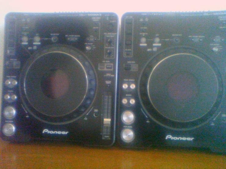 2 Pioneer CDJ1000 MK3 - DJ-Technik & PA - Bild 1