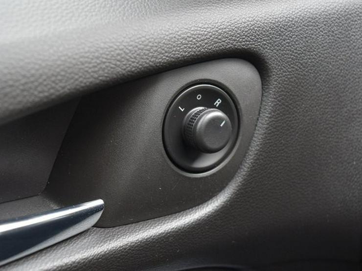 Bild 22: OPEL Zafira 1.4 T S&S Navi Cam Klimaauto. Alu17 Temp PDC OnStar NSW 7 Sitzer