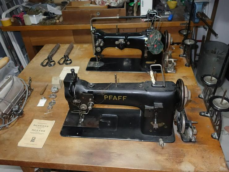 2 Pfaff Nähmaschine, BJ 1955 - 1959 - Bild 1