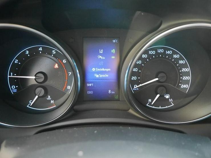 Bild 4: TOYOTA Auris 1,2 Turbo Comfort + Smart