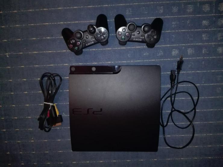 PS3 slim + 2 Controller + Spiele (120€ VB) - PlayStation Konsolen & Controller - Bild 1