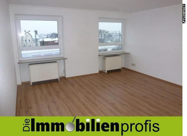 Helle, zentrumsnahe 3-Zimmer-Wohnung mit neuem Bad und neuen Böden