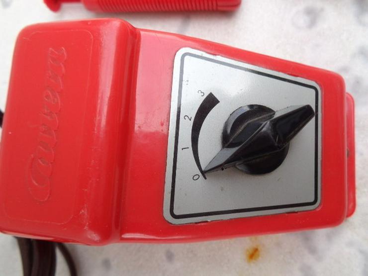 Bild 3: Carrera Trafo+2 Controller+10 Kurven+8 Gerade