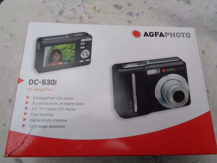 Digital Fotokamera mit 6 Mega Pixel OVP
