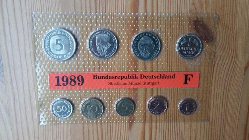 Verschiedene Münzsätze von Bad Homburg