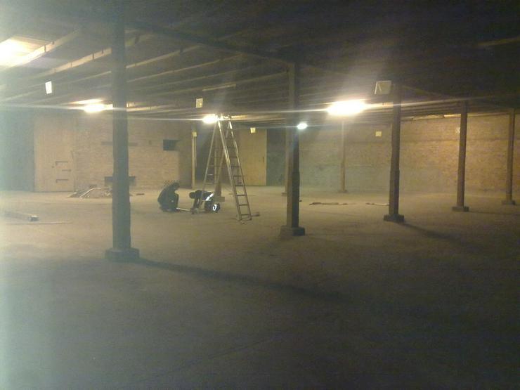 Bild 2: Werkstatt  Lagergebäude