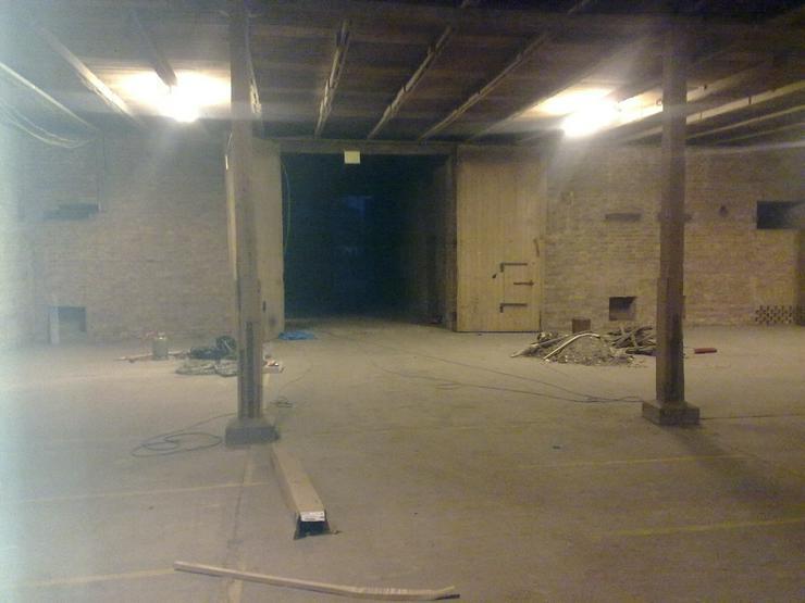 Bild 3: Werkstatt  Lagergebäude