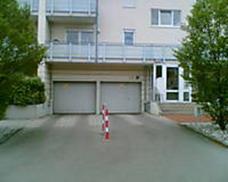 Tiefgaragenstellplatz in Dachau zu vermieten - Garage & Stellplatz mieten - Bild 1