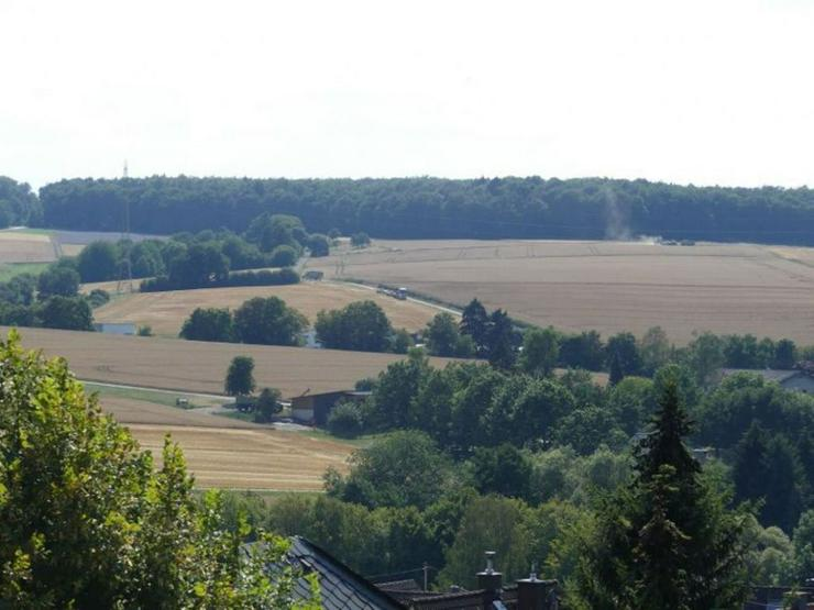 Bild 6: Mehrfamilienhaus mit schöner Aussicht in Ortsrandlage mit weitläufigen Baugrundstück