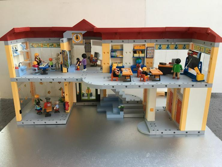 Bild 2: Playmobil Große Schule, 4324