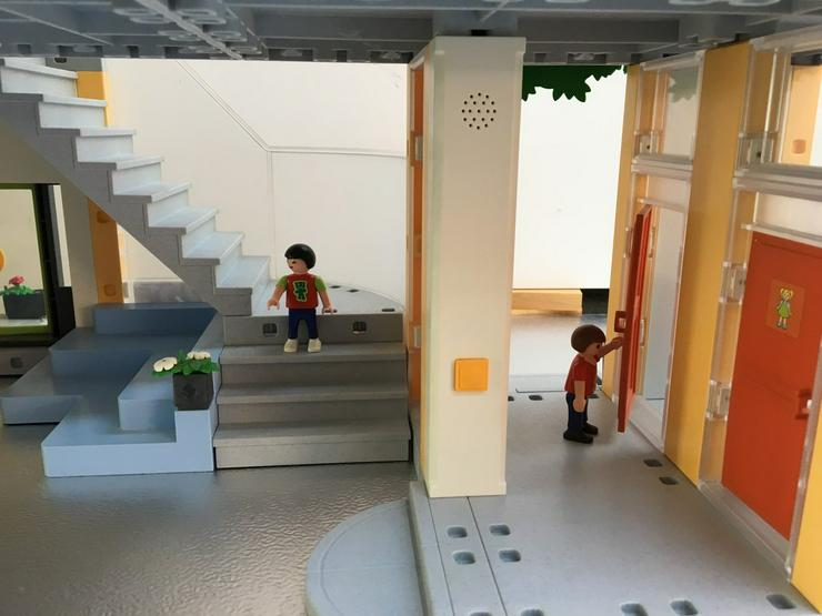 Bild 6: Playmobil Große Schule, 4324