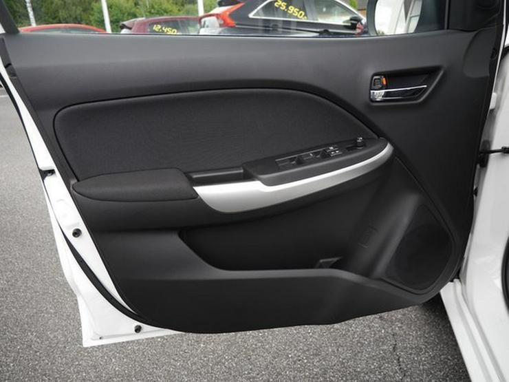 Bild 23: SUZUKI Baleno 1,2 Comfort+ Automatik Navi Xenon