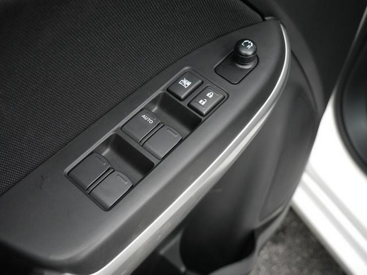 Bild 24: SUZUKI Baleno 1,2 Comfort+ Automatik Navi Xenon