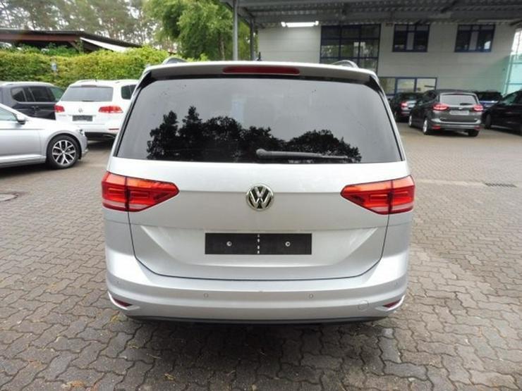 Bild 4: VW Touran COMFORTLINE 1.6 TDI/7-SIT/ACC/STHZ/LED-SW