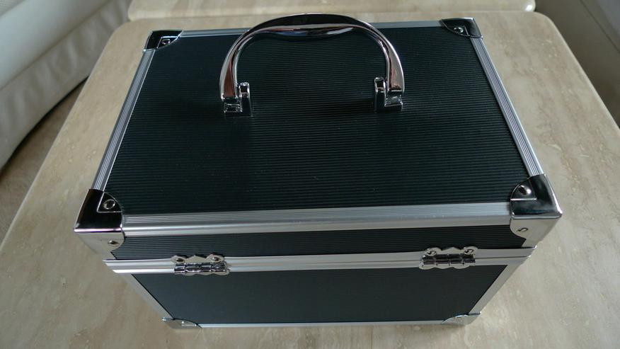 Bild 2: Kosmetik-Koffer