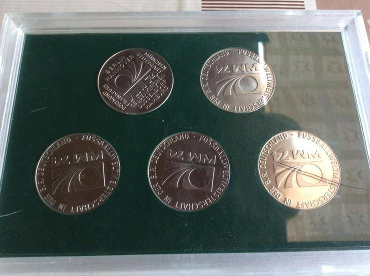 Gedenkmünzen  WM 74 - Weitere - Bild 2