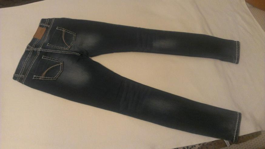 Damen - Jeans der Marke Amisu Skinny W27 L32 - W26-W28 / 36-38 / S - Bild 1