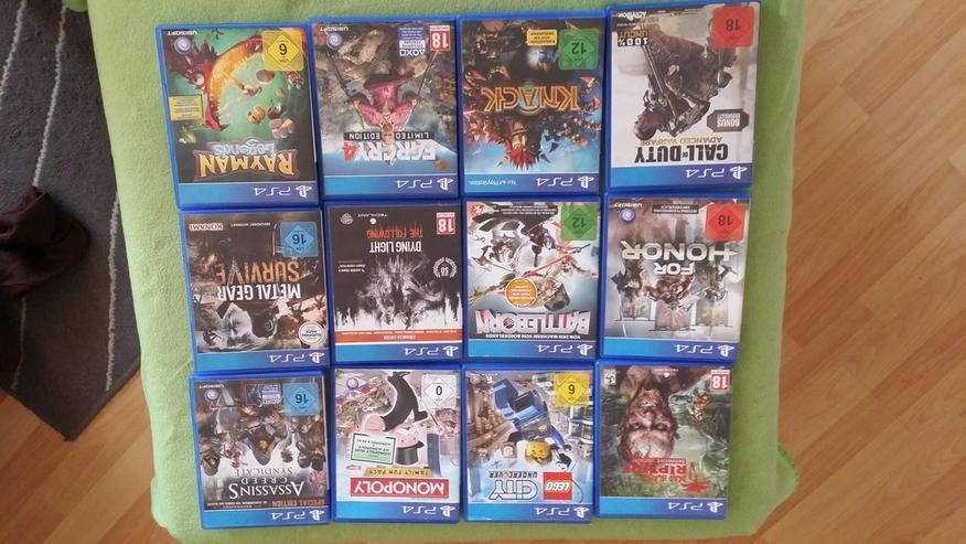 Bild 3: Playstation 4 Spiele und Controller