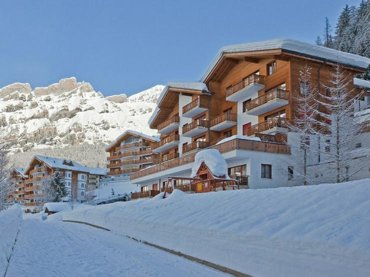 Schweizer Alpen (Leukerbad), Les Naturelles, helle 2.5 Zimmer-Eckwohnung