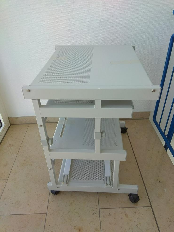 Verkaufe Computer-Tisch