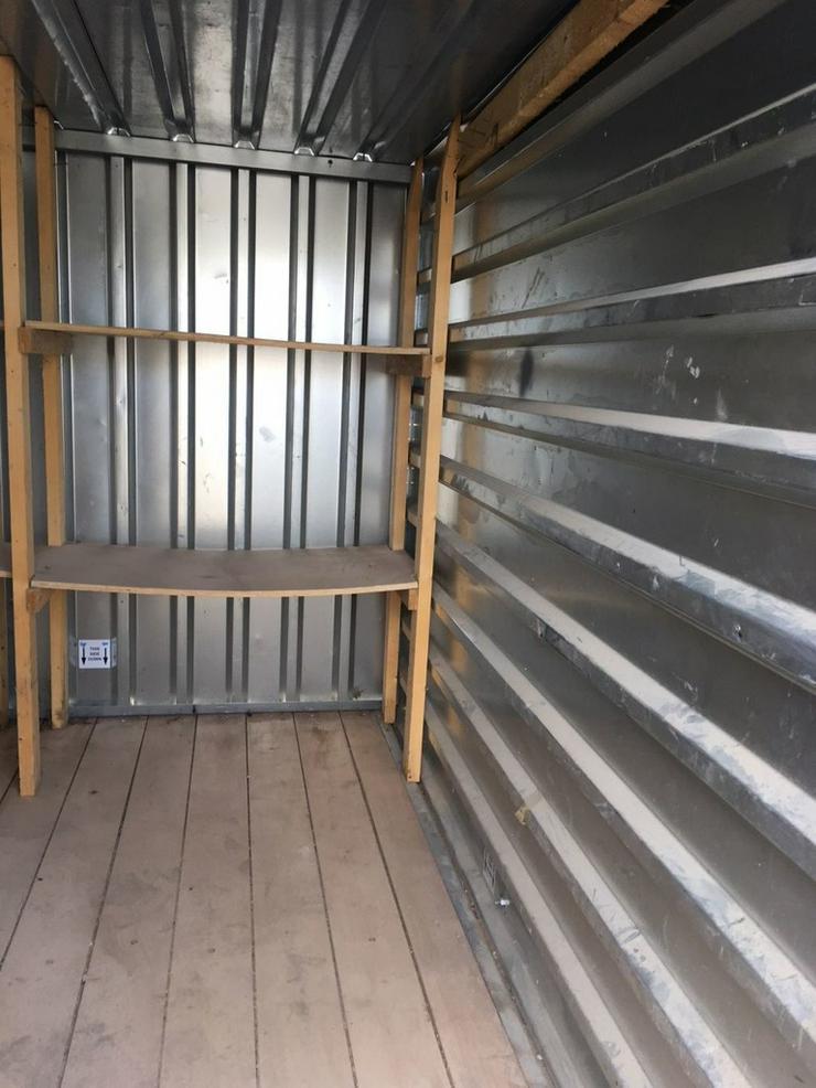 Bild 2: Materialcontainer Werkzeugcontainer Container