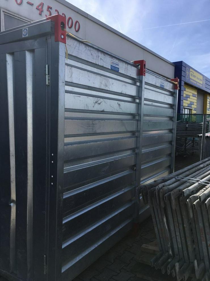 Bild 5: Materialcontainer Werkzeugcontainer Container