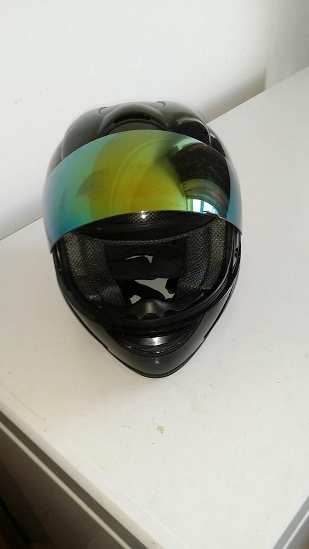 Bild 4: Carbon Fiber Helm - Unbenutzt