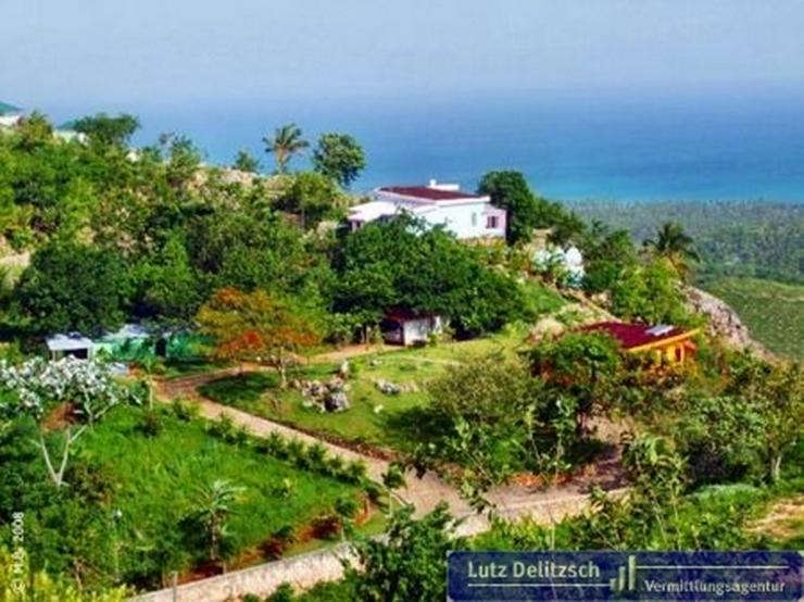Villa mit Pool und Gästehaus in unverbaubarer Lage und Meerblick