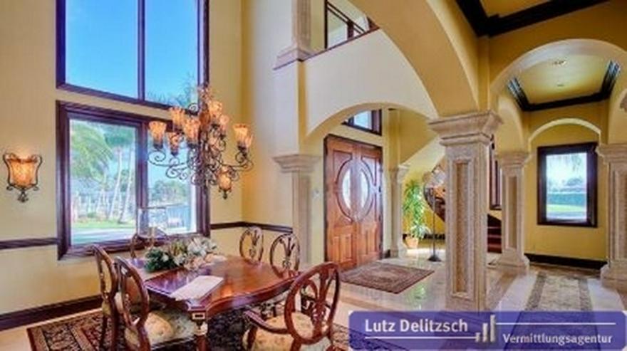 Bild 2: Luxus-Villa mit Wasserblick in Cape Coral