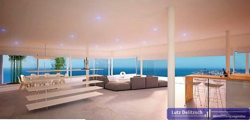 Bild 2: Moderne Luxus-Villa mit Pool