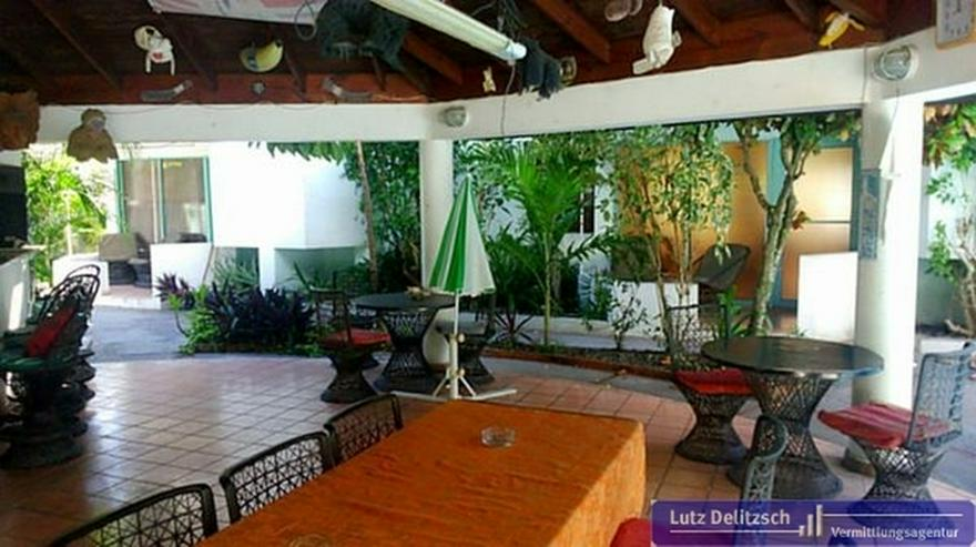 Bild 2: Bungalow-Anlage mit Pool im Bereich Juan Dolio