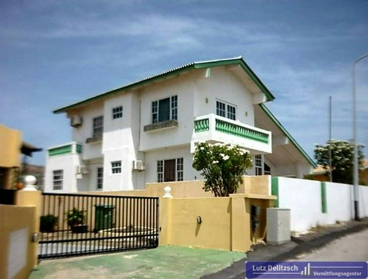 Großes Haus in schöner Lage auf Curacao - Haus kaufen - Bild 1