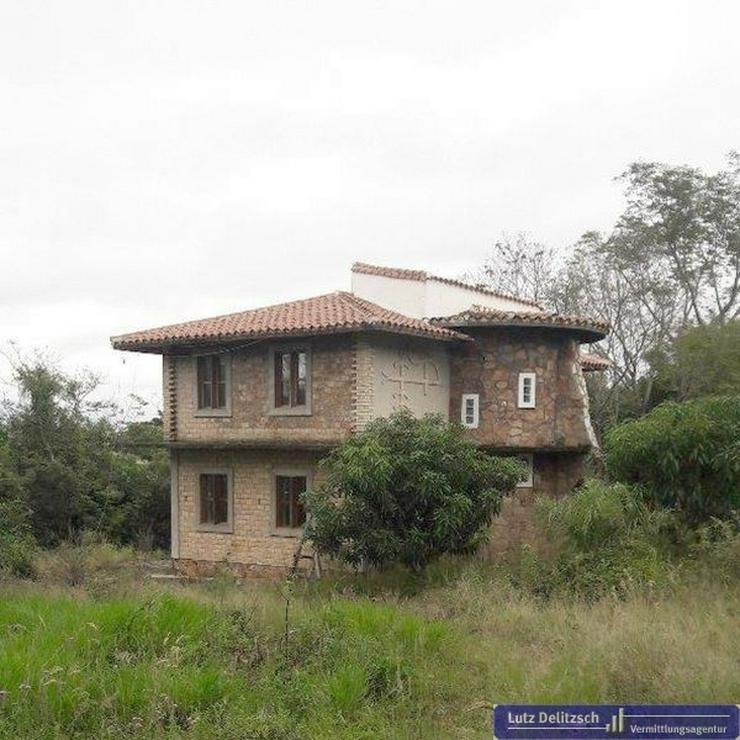 Neubau-Haus zum Ausbau mit Gästehaus