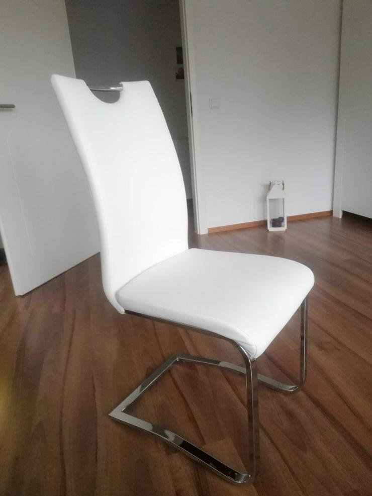 2 weiße Schwinger-Stühle - Stühle & Sitzbänke - Bild 1
