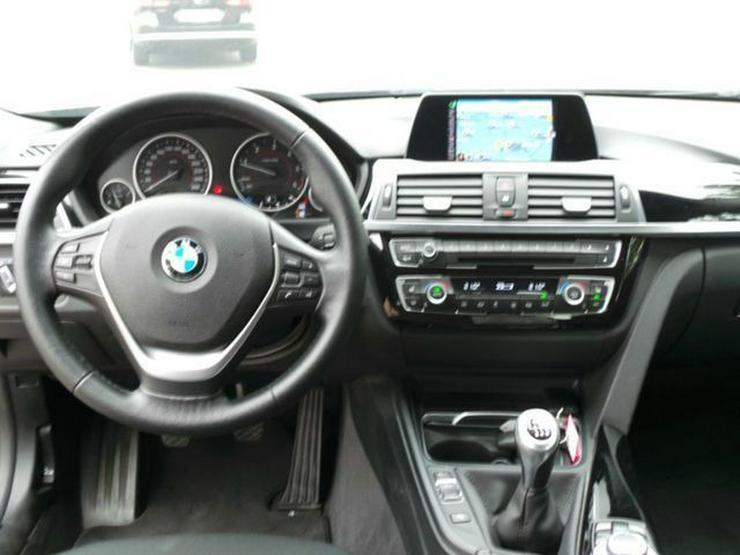Bild 3: BMW 318d Sport Line Navi LED, HiFi Sitzh. PDC