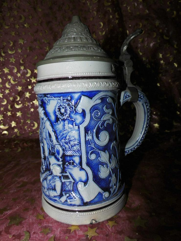 Antiker Bierkrug Steinzeug ca.1900 / feiernde - Geschirr & Wandteller - Bild 1