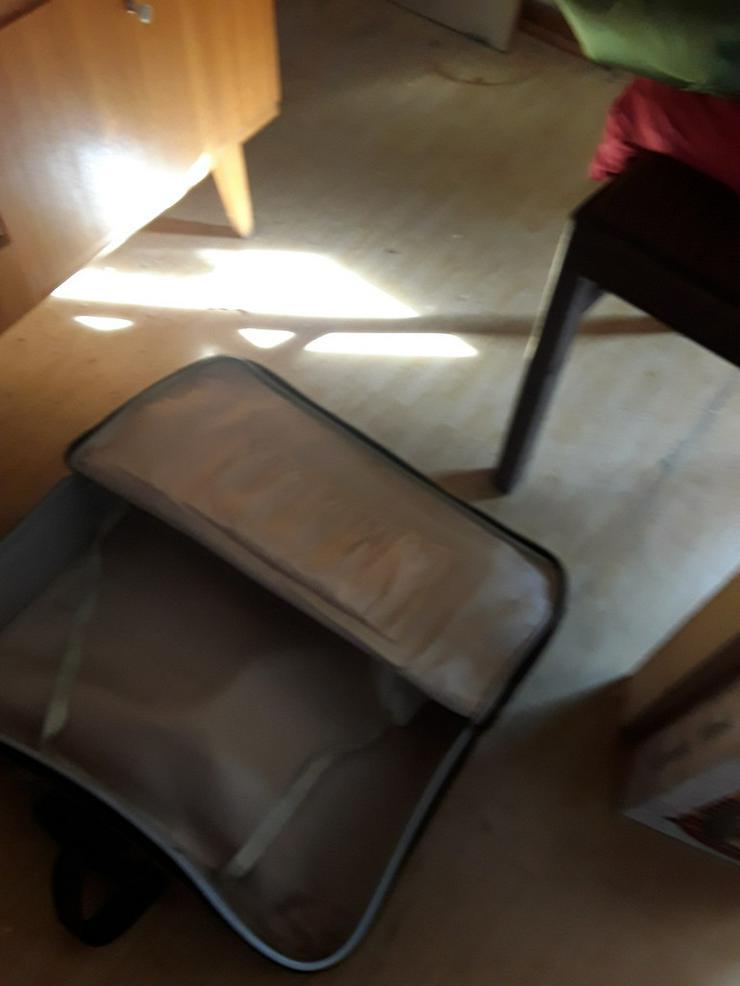 Bild 3: Koffer aus DDR Zeiten