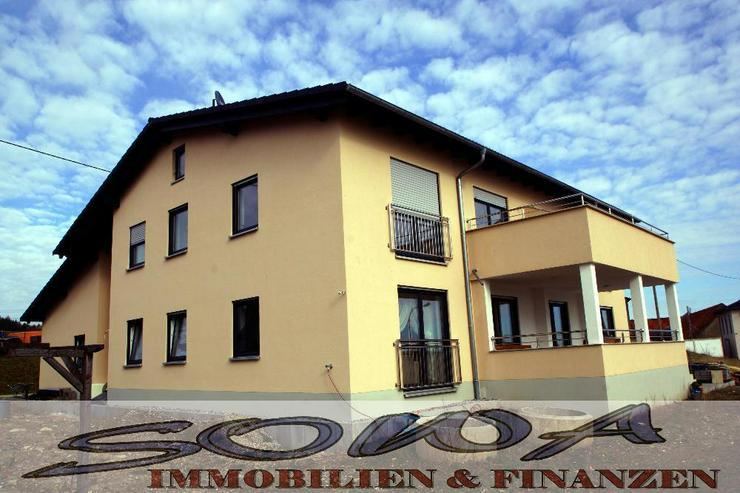 Junges 3 Familienhaus - Ideal als Kapitalanlage oder Selbstbezug - SOWA Immobilien & Finan... - Bild 1