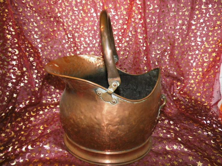 Antiker, großer Wasserkessel aus Kupfer um 185