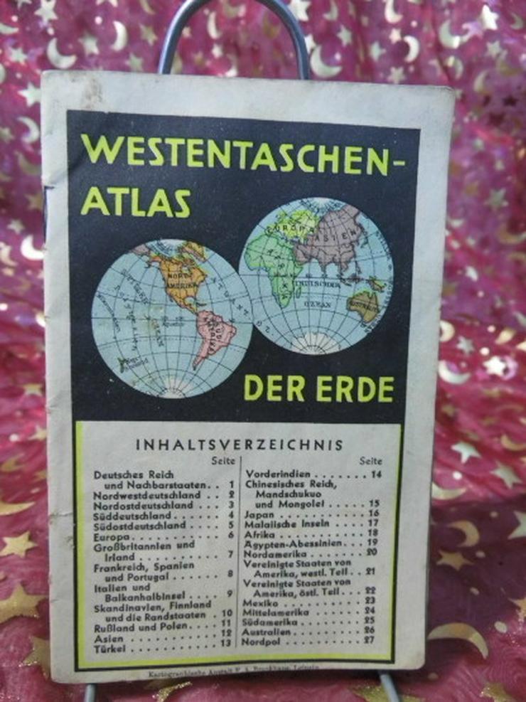 Antiker Westentaschenatlas der Erde um 1935 /