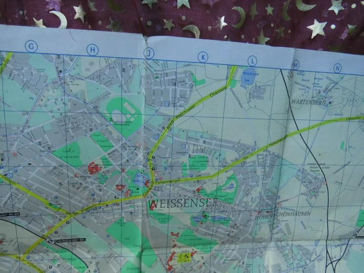 Bild 3: Alter Stadtplan von Berlin Hauptstadt der DDR
