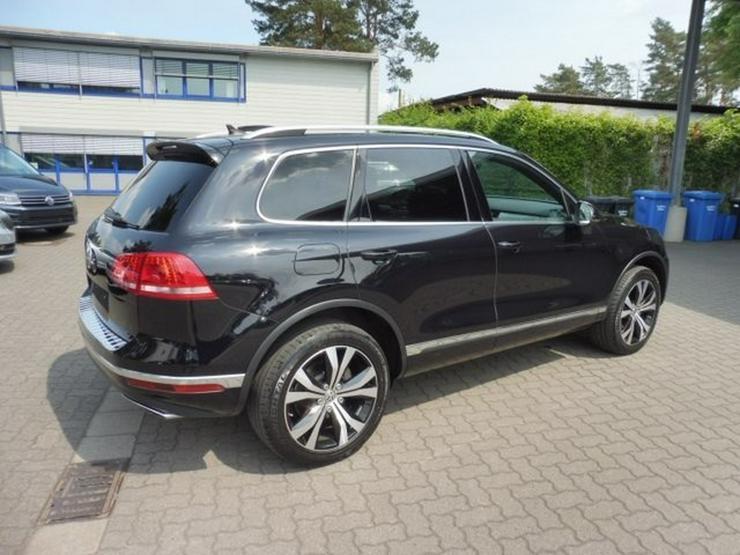 Bild 5: VW Touareg 3.0 TDI *EXCLUSIVE* AHK/PANO/20 ZOLL