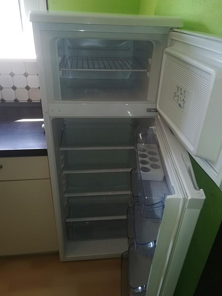 Bild 3: Küche mit Herd,Spülmaschine,Kühlschrank