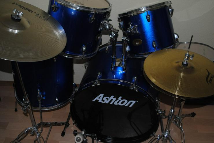 Bild 2: Das Schlagzeug